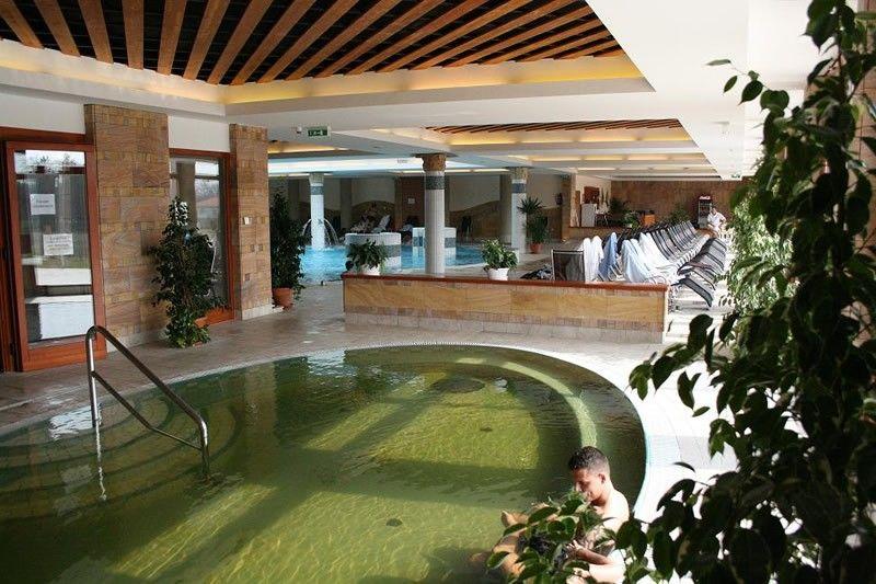 Aqua Danubius Aquarell Hotel